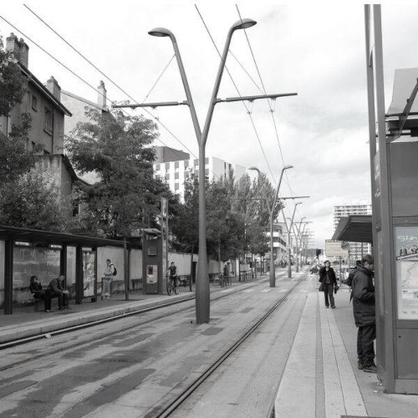 Tramway poles