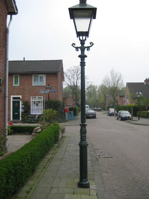 Holland-pole-klein-1.jpg#asset:312483