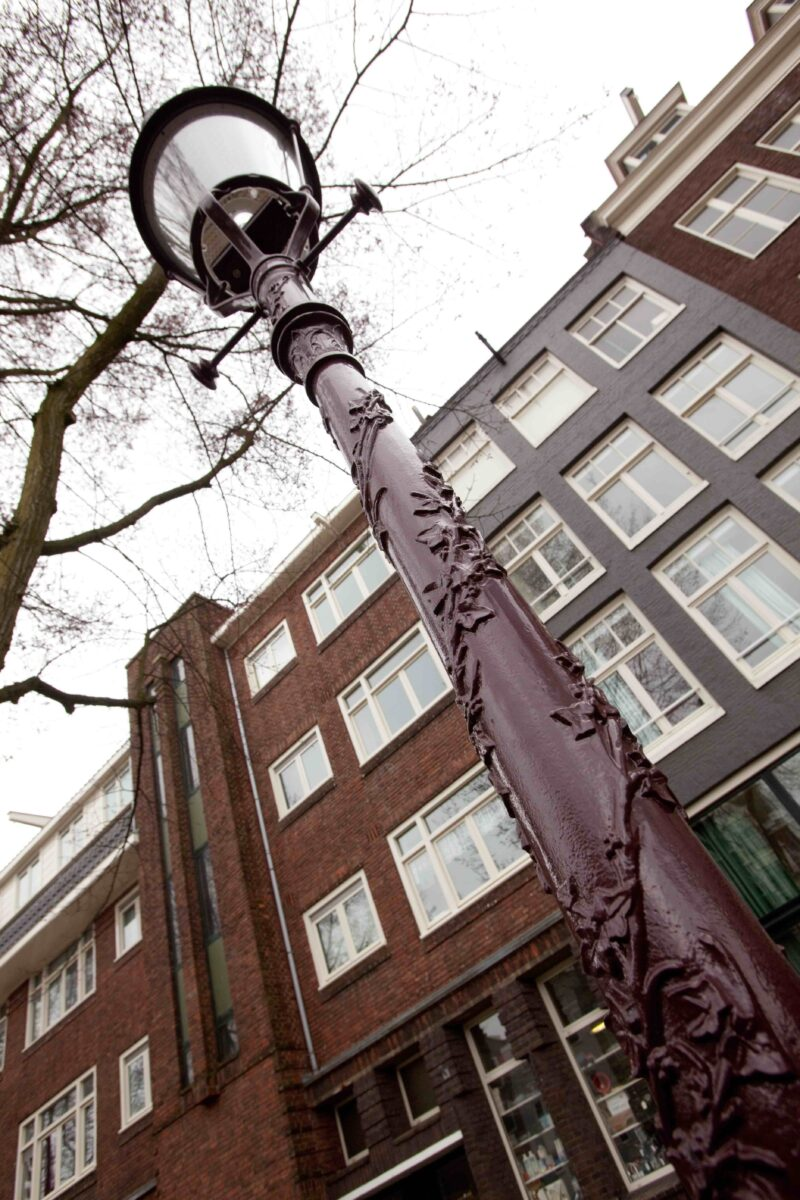 Amsterdam Pole Detail