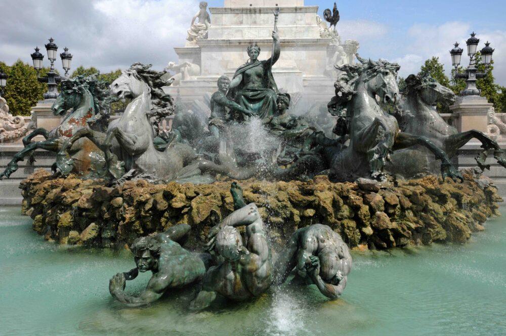 Le Monument Aux Girondins Bordeaux